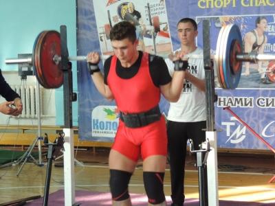 Железный спорт покоряется юным талантам! 🏋️♂️🏆🏅